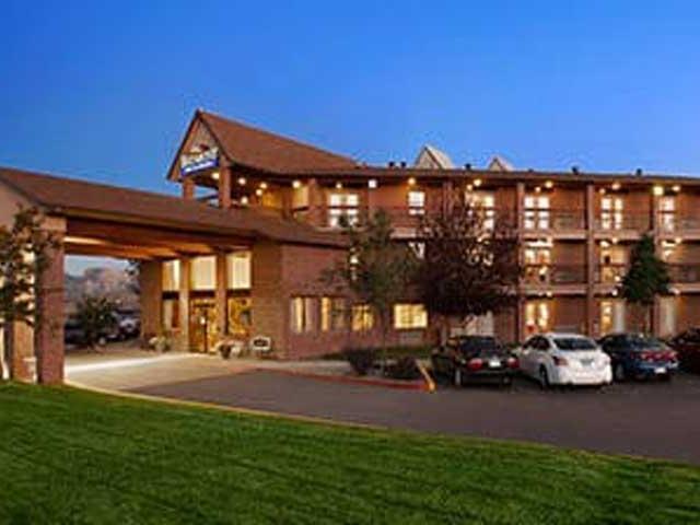 Cortez Baymont Hotel